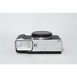 Fujifilm Used Fuji X-A2 Body Silver Thumbnail Image 3