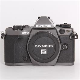 Used Olympus E-M5 Mark II Titanium Body thumbnail