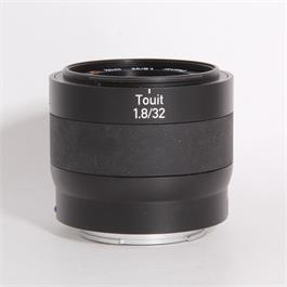 Used Zeiss Touit 32mm f/1.8 (E-Mount) Thumbnail Image 0