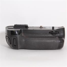 Used Nikon MB-D15 thumbnail
