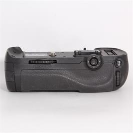 Used Nikon MB-D12 Grip thumbnail