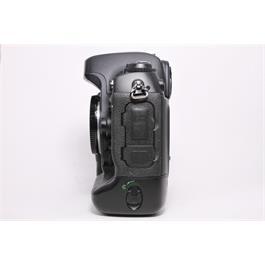 Used Nikon D2xs body Thumbnail Image 3