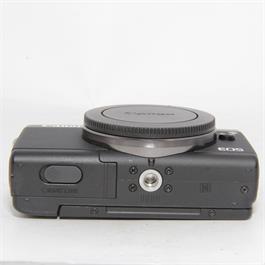 Used Canon M100 Body Black Boxed Thumbnail Image 3