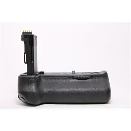 Used Canon BG-E13 battery grip thumbnail