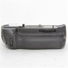 Used Nikon MB-D14 Battery Grip Unboxed thumbnail