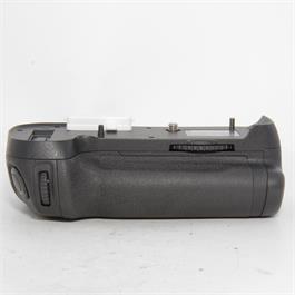 Used Nikon MB-D12 Battery Grip Boxed thumbnail