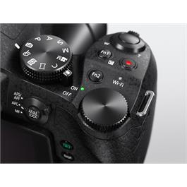Panasonic FZ330 Black Thumbnail Image 2