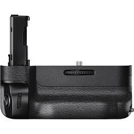 Sony VG-C2EM Battery Grip for a7 II & a7R/S II Thumbnail Image 3