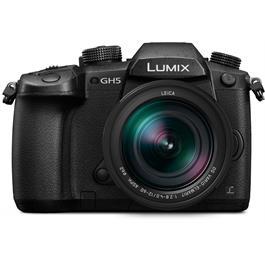 Panasonic Lumix GH5 Leica 12-60 Kit Front