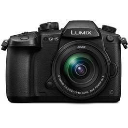 Panasonic Lumix GH5 Lumix 12-60 Kit Front