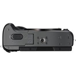 Canon EOS M6 Black Bottom