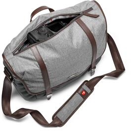 Manfrotto Windsor Medium Messenger Bag Closed Filled