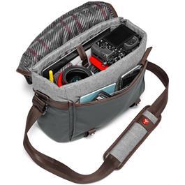 Manfrotto Windsor Small Messenger Bag Filled