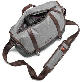 Manfrotto Windsor Small Messenger Bag Closed Filled