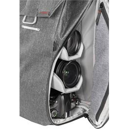 Peak Design Everyday Backpack 20L Charcoal Thumbnail Image 12