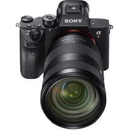 Sony a7R III Full-Frame Mirrorless Digital Camera Thumbnail Image 5