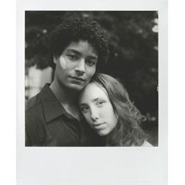 Polaroid Originals B&W Film for Polaroid SX-70 Cameras Thumbnail Image 1
