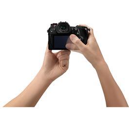 Panasonic Lumix G9 Micro Four Thirds Digital Camera Body - Black Thumbnail Image 7