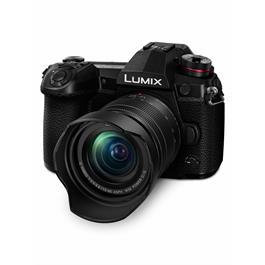 Panasonic Lumix G9 Camera + Lumix G Vario 12-60mm f/3.5-5.6 ASPH Power O.I.S Lens Kit Thumbnail Image 4