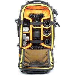 Vanguard ALTA FLY 55T Roller Bag and Backpack Thumbnail Image 8