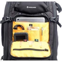 Vanguard ALTA FLY 55T Roller Bag and Backpack Thumbnail Image 9