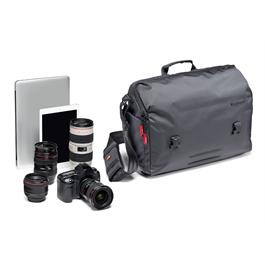 Manfrotto Lifestyle Manhattan Speedy 30 Messenger Bag for DSLR/Mirrorless Camera thumbnail